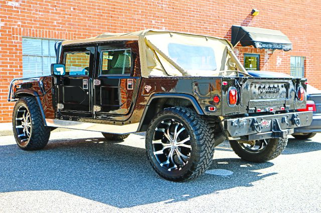 1997 AM General Hummer AWD Limited WITH NAV And DVD
