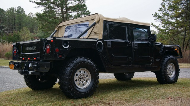 1998 AM General Hummer AWD Limited WITH NAV And DVD