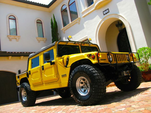 2000 AM General Hummer AWD Limited WITH NAV And DVD