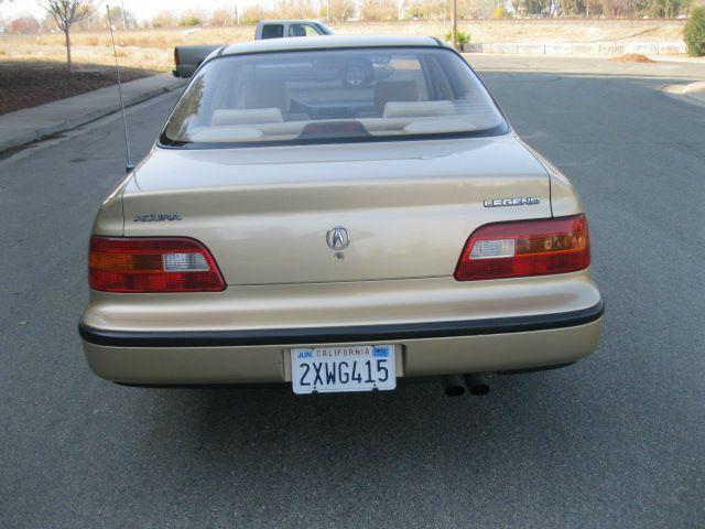 1991 Acura Legend 2.5T AWD Sedan