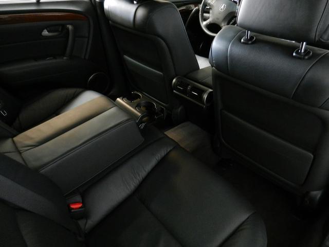 2006 Acura RL 3
