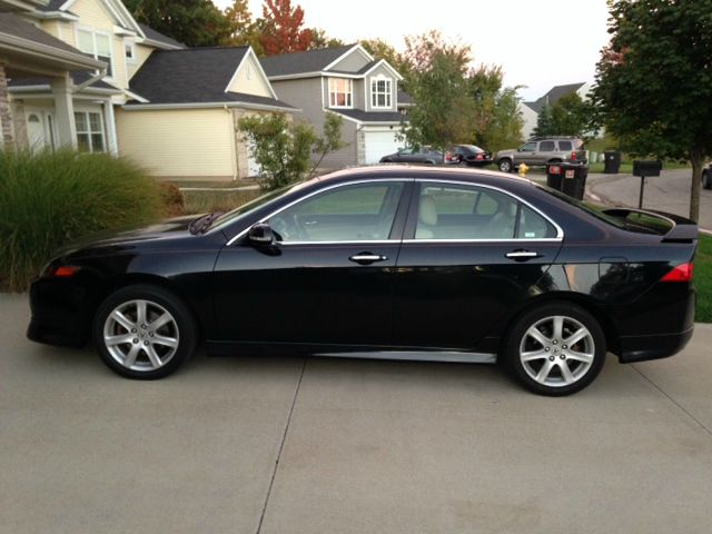 2004 Acura TSX 4WD 4dr SE