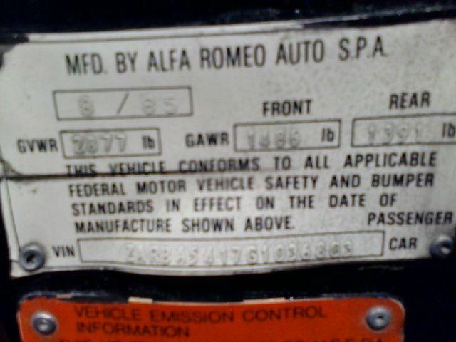 1986 Alfa Romeo Spider Sedan I4 SE FWD