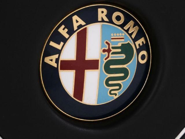 1988 Alfa Romeo Spider Sedan I4 SE FWD