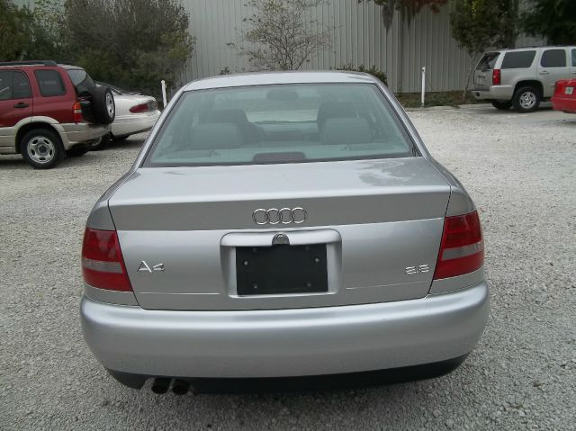 2001 Audi A4 Convenience