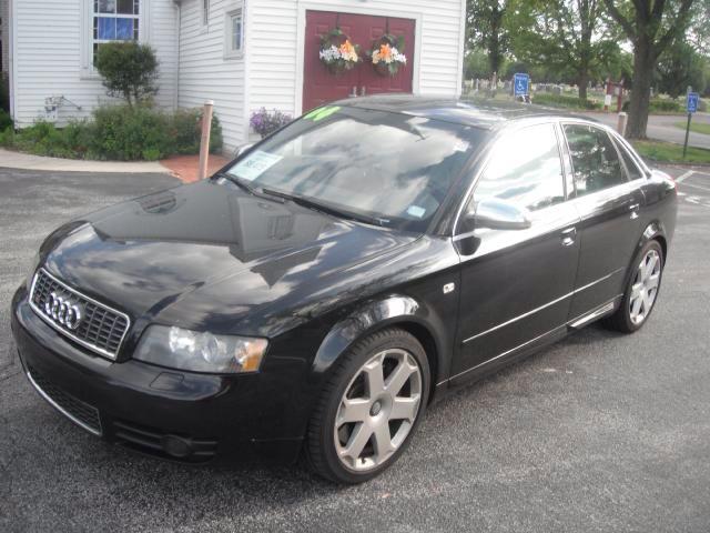2004 Audi S4 I-290 S