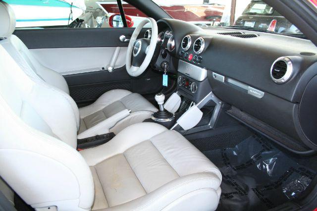 2002 Audi TT 4WD SLT 5.7L