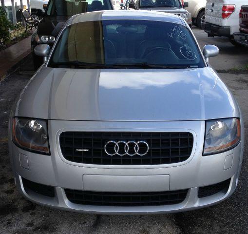 2004 Audi TT Sedan Automaic Ex Details. Miami, FL 33147