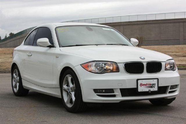 2011 BMW 1 series 2.5L SE