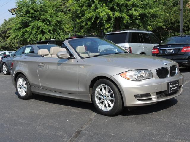 2011 BMW 1 series 4X4 Sunroof, Leather