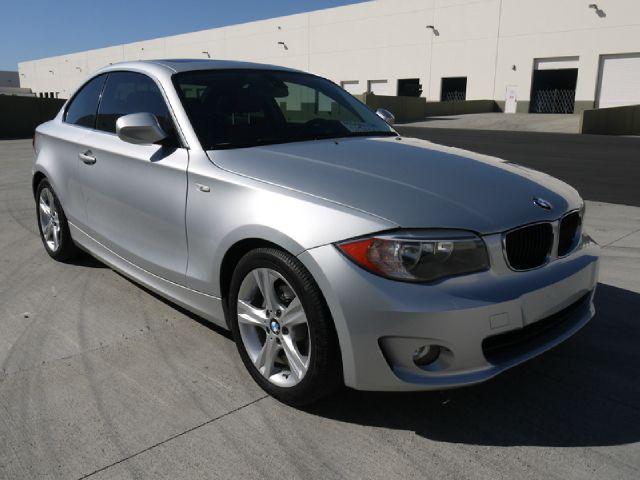 2012 BMW 1 series 2.5L SE