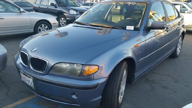2003 BMW 3-Series STX XL XLT FX2 Lariat