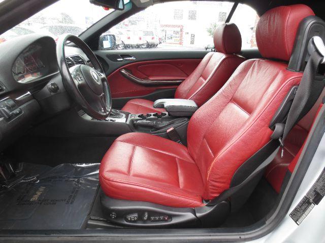 2001 BMW 330 W/6-passenger Seating
