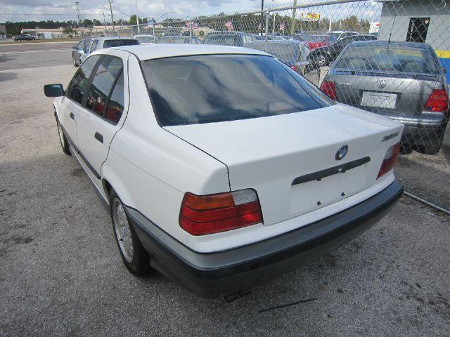 1992 BMW 3 series Chief