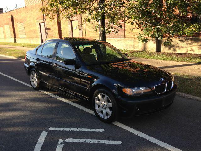 2003 BMW 3 series 2WD 4dr Heat