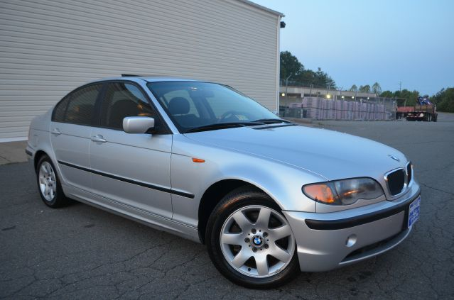 2003 BMW 3 series LS Flex Fuel 4x4 This Is One Of Our Best Bargains