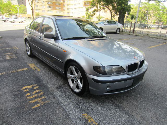 2004 BMW 3 series LS Flex Fuel 4x4 This Is One Of Our Best Bargains