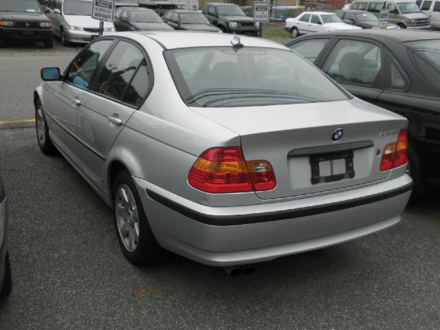 2005 BMW 3 series T6 AWD Leather Moonroof Navigation