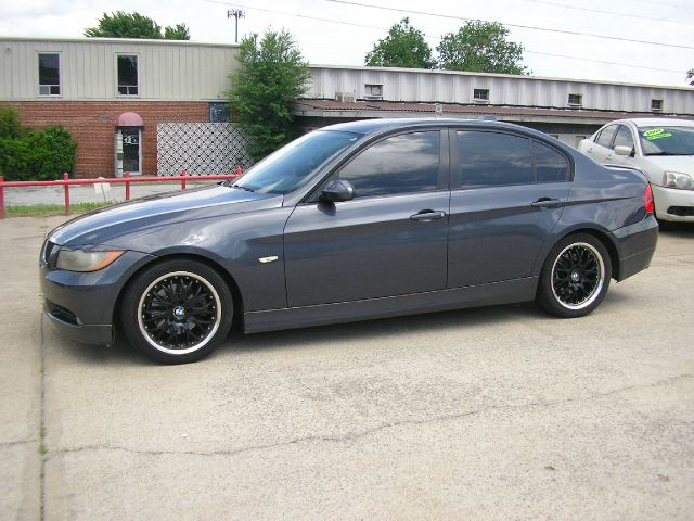 2006 BMW 3 series LS Flex Fuel 4x4 This Is One Of Our Best Bargains