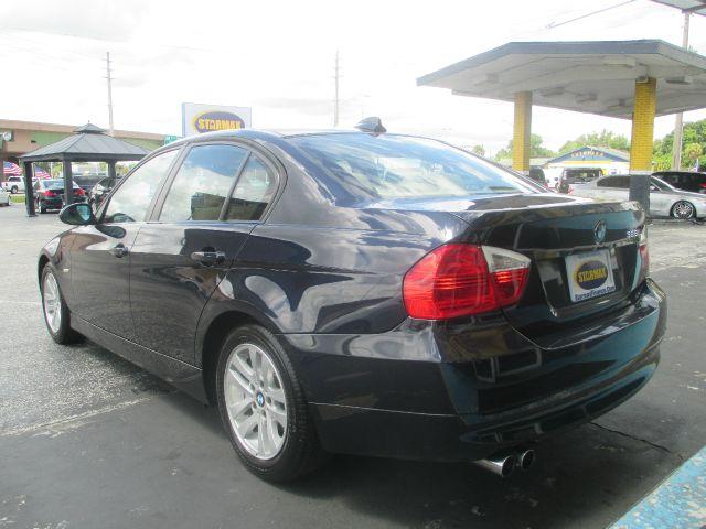 2007 BMW 3 series 29