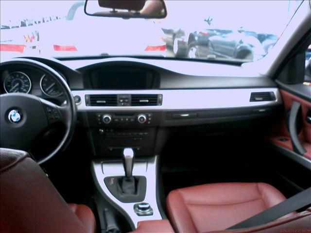 2009 BMW 3 series SES Leather/moonroof