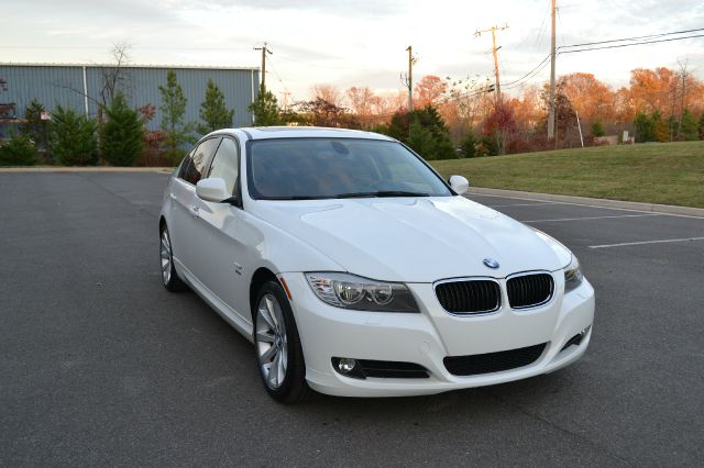 2011 BMW 3 series S FE Plus