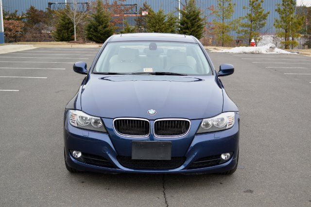 2011 BMW 3 series EXT WB W/1sb PKG