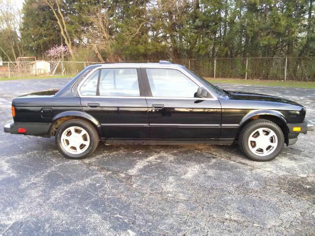 1985 BMW 3 series 4dr Sdn V6 Auto