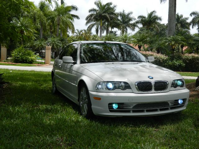 2002 BMW 3 series Lariat 4x4 (gladbrook)
