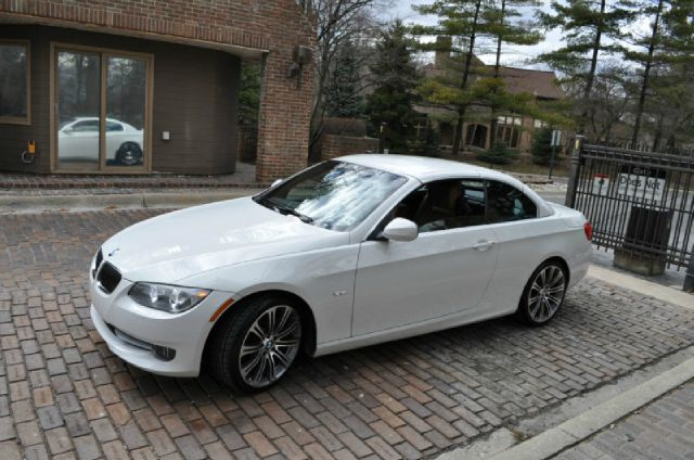 2011 BMW 3 series Custom 2WD Sedan