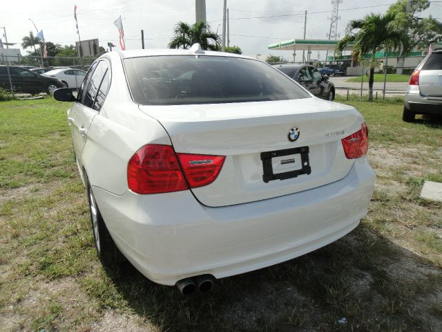 2011 BMW 3 series Supercab-short-xlt-4wd-e85-sync-1 Owner