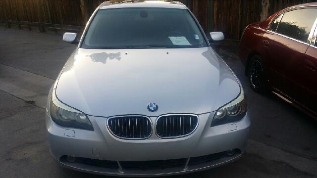2005 BMW 5-Series QUAD CAB SLT Laramie