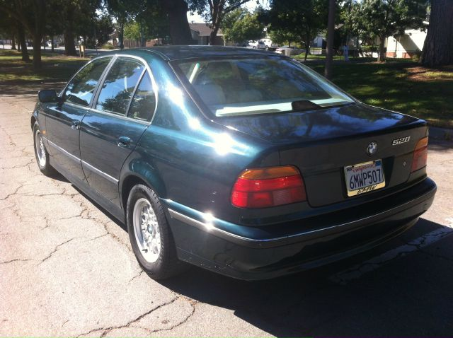 1998 BMW 5 series LS Flex Fuel 4x4 This Is One Of Our Best Bargains