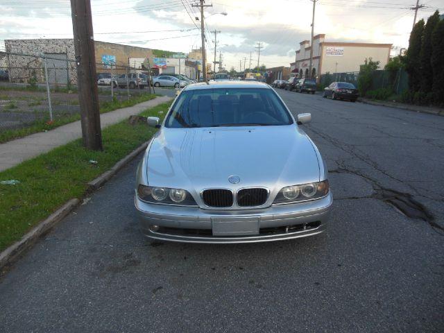 2002 BMW 5 series L.T. 4-w.d. 5.3L