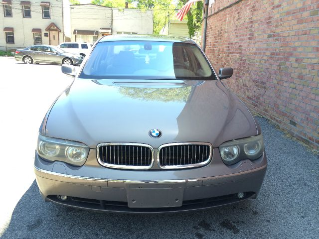 2004 bmw 7 series 4dr 2 5l turbo w sunroof 3rd row awd suv details ridgewood ny 11385. Black Bedroom Furniture Sets. Home Design Ideas