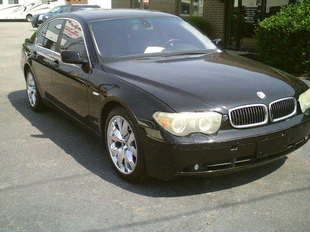 2004 BMW 7 series XLT 4x4 W/leather