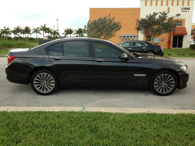 2009 BMW 7 series Recreational