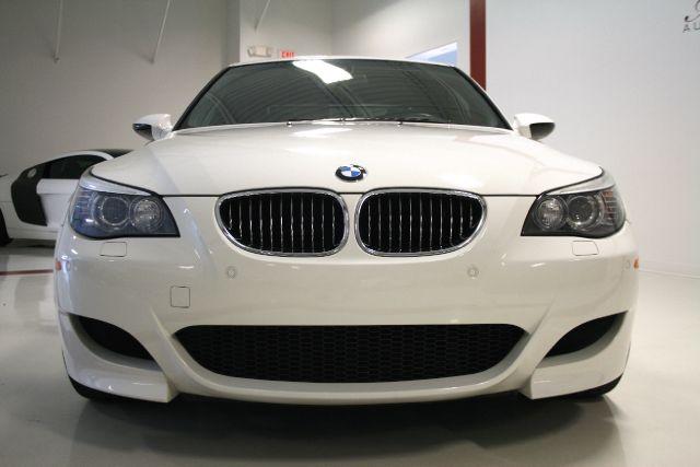 BMW M5 2008