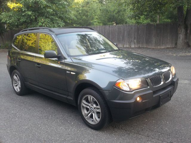 2005 BMW X3 L.T. 4-w.d. 5.3L