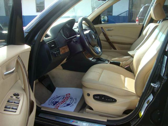2007 BMW X3 4 DOOR CAB