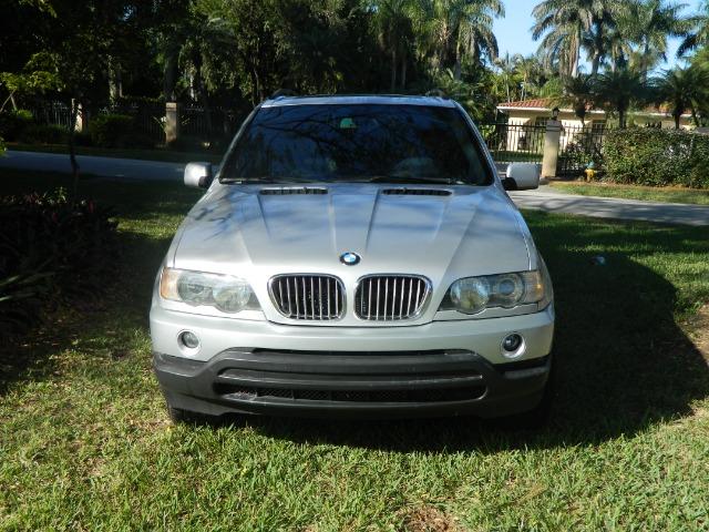2003 BMW X5 Luxury 4WD