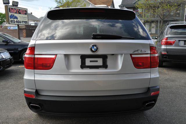2010 BMW X5 29