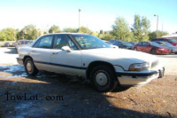 1993 Buick LeSabre Reg Cab 107.9 WB XLT
