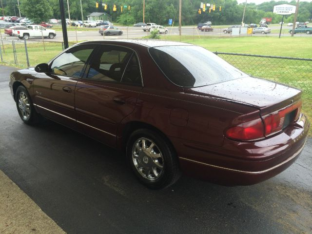 1999 Buick REGAL Blk Ext With Silver Trin
