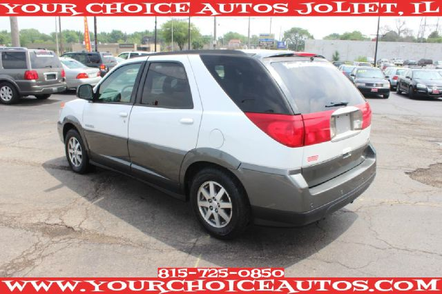 2003 Buick Rendezvous GS 460 Sedan 4D