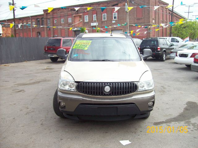 2005 Buick Rendezvous GS 460 Sedan 4D