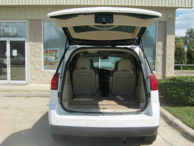 2006 Buick Rendezvous GS 460 Sedan 4D