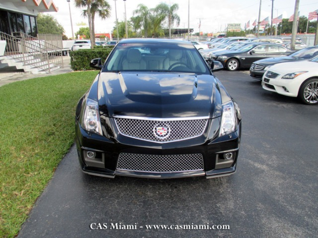 2013 Cadillac CTS-V CE Van