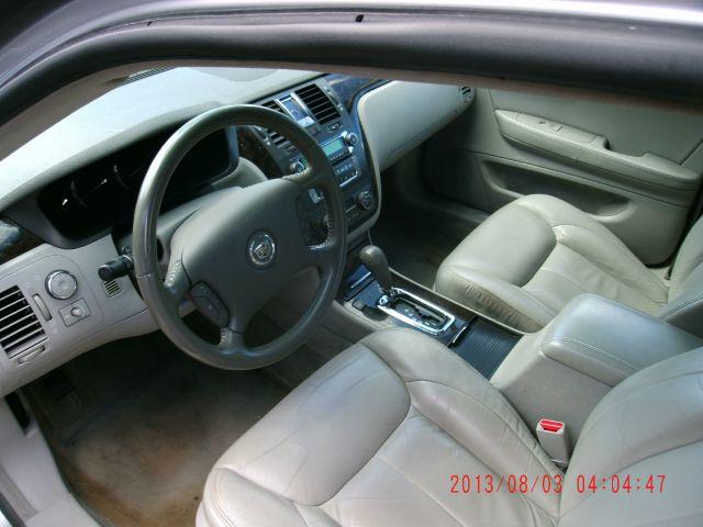 2008 Cadillac DTS SE-R