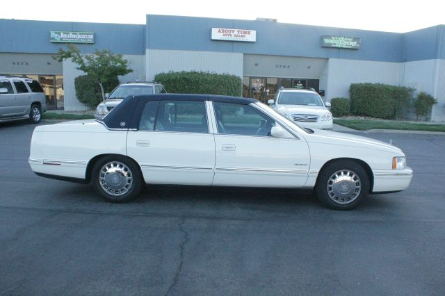 1999 Cadillac Deville L.T. 4-w.d. 5.3L